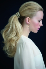 REVISTA MUJER ESPECIAL BEAUTIES NOVIAS FOTO: ALFONSINA RIFFO PRODUCCION. MARIA JOSE CONTRERAS MAKE UP & HAIR: MARCELO BHANU PARA DIOR MODELO: JAVIERA -ELITE-