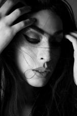 "LADY FOX FOTOGRAFIA: NOLIPROVOSTE PRODUCCION: RENNO DAKOTA MAQUILLAJE Y PELO: MARCELO BHANU PARA M.A.C. COSMETICS MODELO: STEPHANIE FOX ""LA BOTOTA"""
