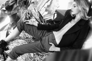 Producción: Kaki Carvallo para Matanga Estudio Fotografía: Noli Provoste Arte: Natalia Aguilera y Hugo Provoste Maquillaje y Pelo: Marcelo Bhanu Asistencia de foto: Ernesto Aviles, Dean Elliot Modelo: Anelise -Elite Model Chile-
