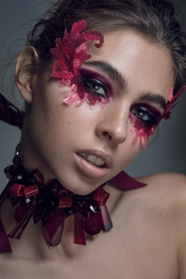 WORKSHOP MAKEUP EDITORIAL THE COLLECTIVE FOTOGRAFIA:PILAR CASTRO MAKEUP: BENI MODELO: ELITE