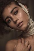 TEST FOTOGRAFIA: PILAR CASTRO MAQUILLAJE Y PELO: MARCELO BHANU MODELO: MARIANA -WLM-